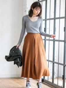 スエードフレアロングスカート
