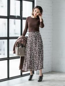 小花柄ロングスカート