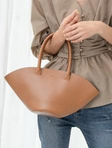 巾着付きフェイクレザーハンドバッグ