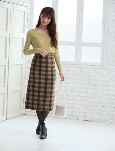 バックスリットチェックタイトスカート