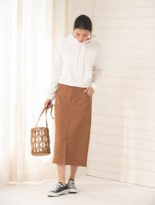 スエードタッチロングタイトスカート