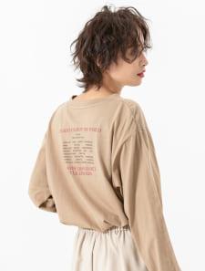 バックロゴプリントロングスリーブTシャツ