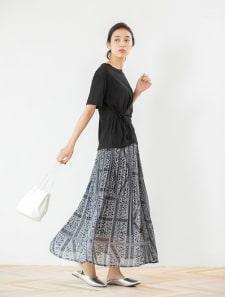 ペイズリープリーツスカート