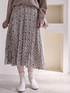 オリエンタル柄プリーツロングスカート