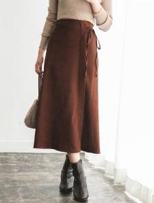 ラップ風コーデュロイナロースカート