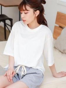 オーバーサイズクロップドTシャツ