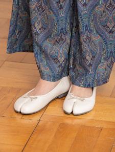足袋デザインバレエシューズ