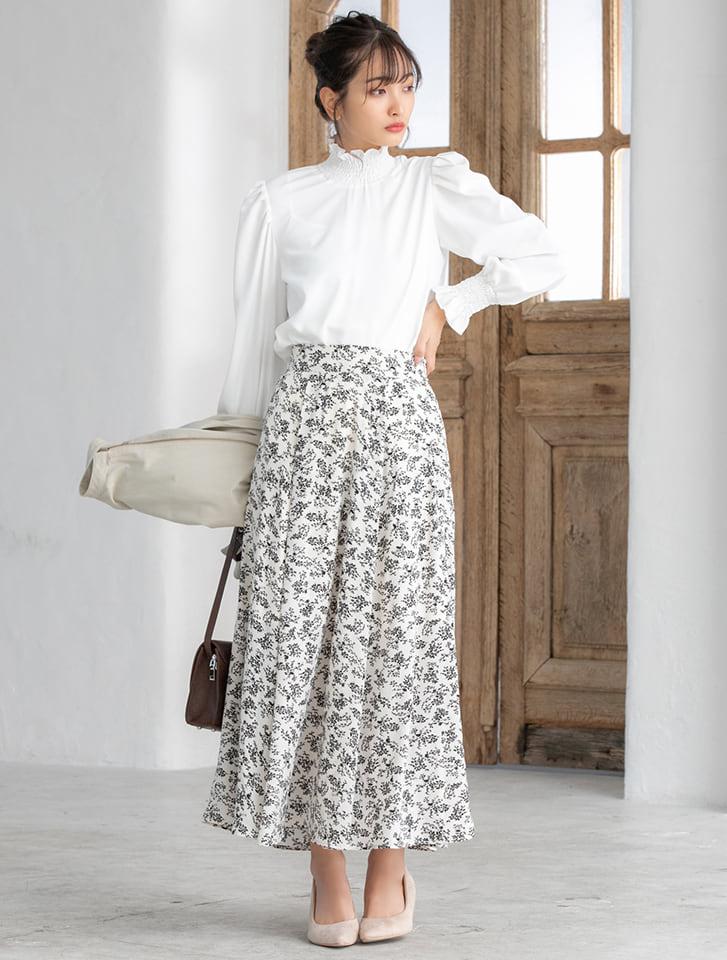 小花柄フロントタックロングスカート