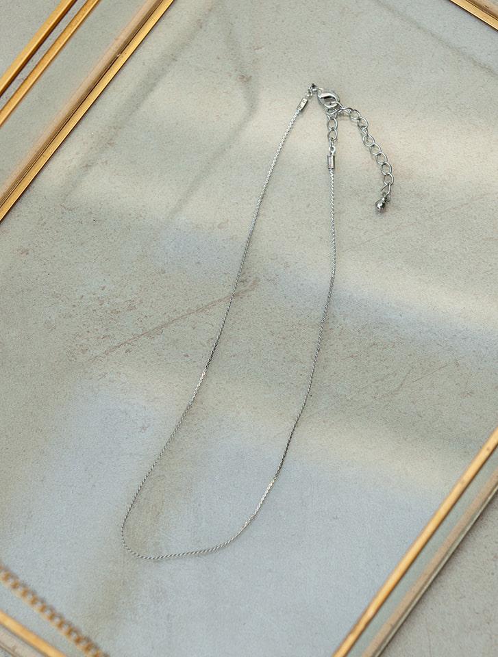 シンプルショートネックレス