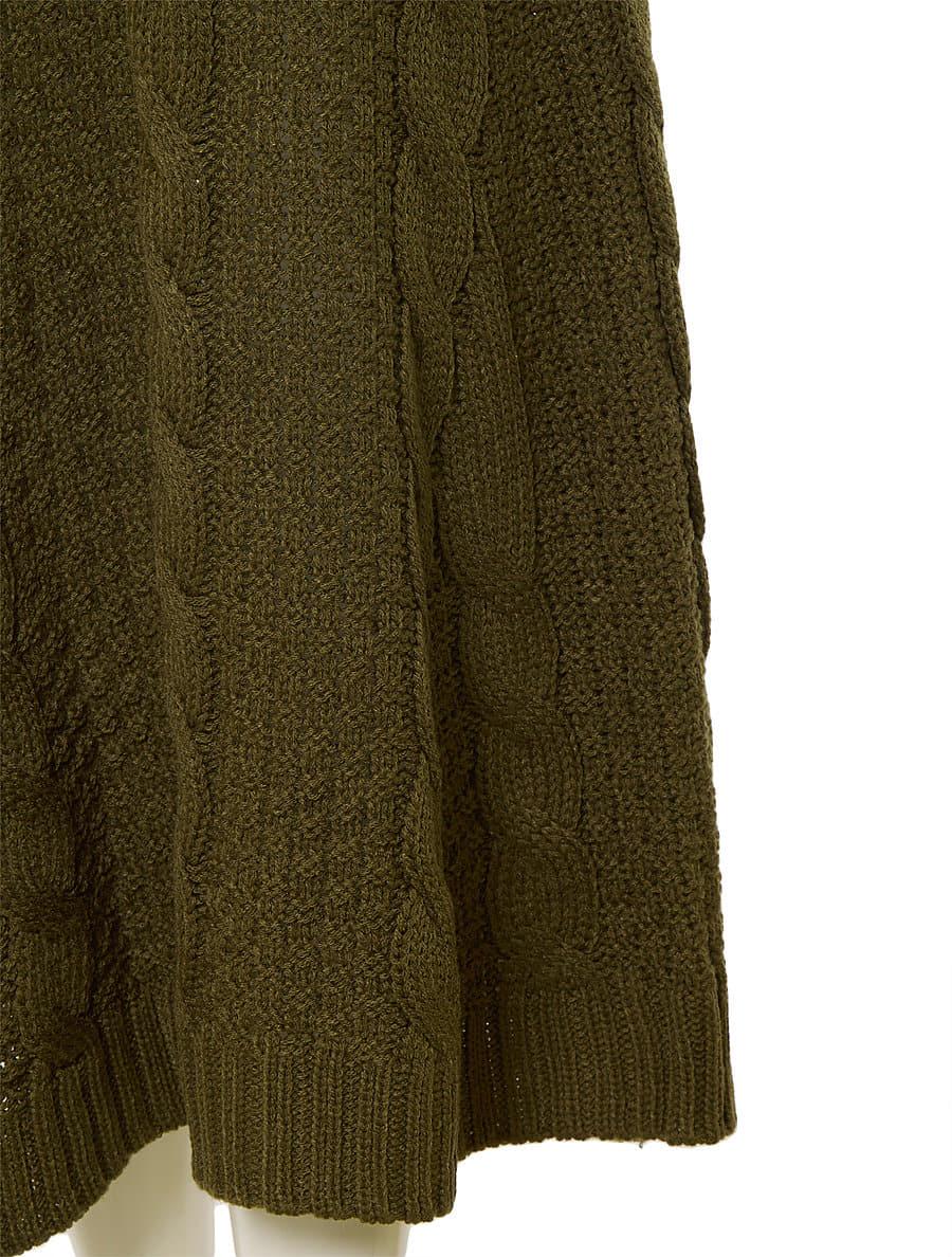ケーブルラインニットスカート